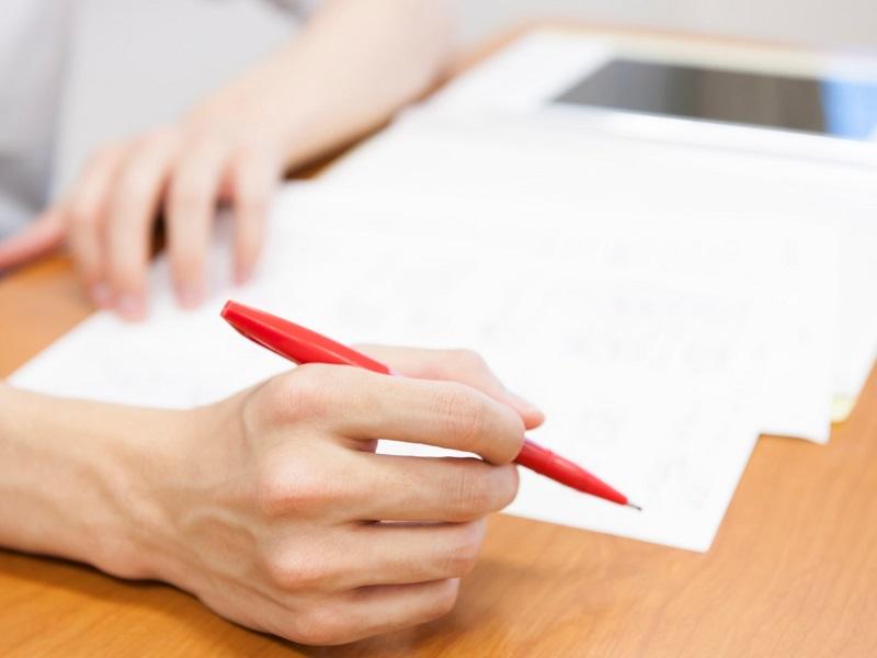 校正と校閲の違いとは?文章の質を高める方法を解説