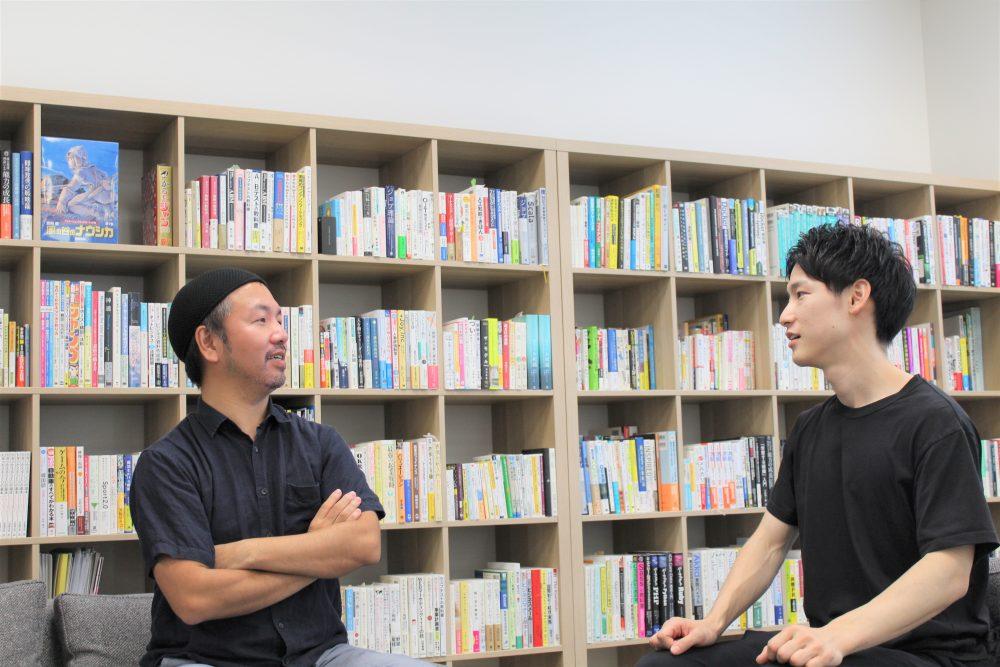 対談写真 伊藤さん、日下さん
